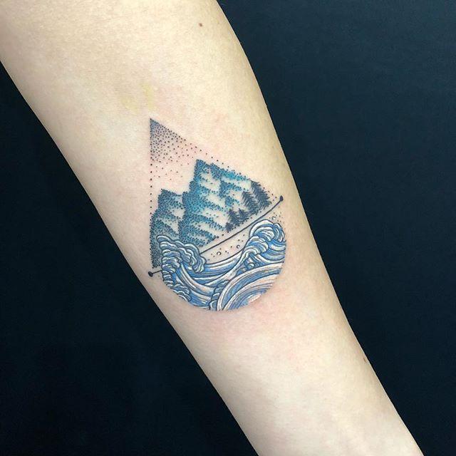 #mountain #waves #ihachiro #dots #stippling #山 #波 #伊八郎 #武志伊八郎信由...#tattoo #reikotattoo #studiokeen #japan #nagoyatattoo #tokyotattoo #irezumi #タトゥー #刺青 #名古屋 #大須 #矢場町 #東京