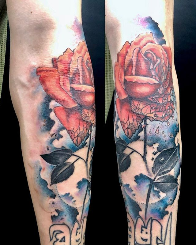 #roseandmoon #バラと月 ...#tattoo #reikotattoo #studiokeen #japan #nagoyatattoo #tokyotattoo #irezumi #タトゥー #刺青 #名古屋 #大須 #矢場町 #東京